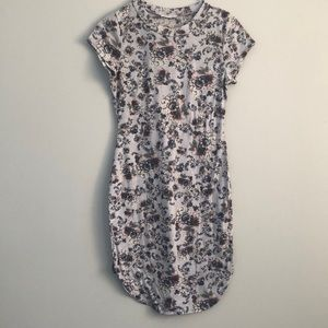 January 7 | Body-con Floral Dress